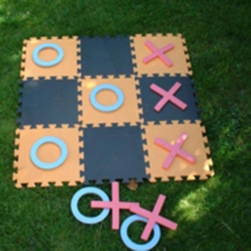 """essays on noughts and crosses Strong essays: noughts and crosses - noughts and crosses 'noughts and crosses"""" by malorie blackman is a novel which mallorie baylor is a 16-year old african."""